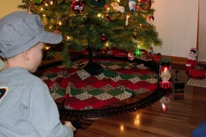 Christmas train help toddlers talk